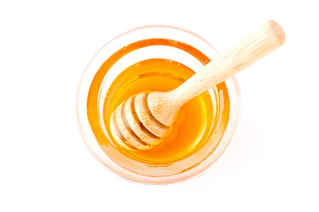Honig-Haarkur für eine glanzvolle Mähne. © shutterstock.com