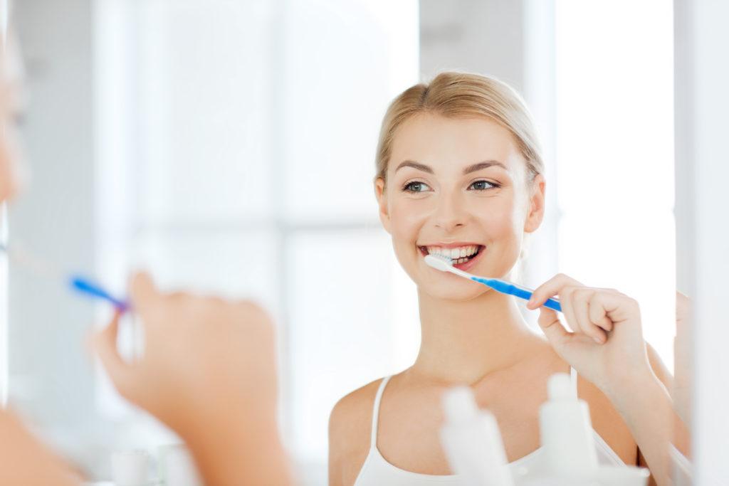 Bleaching Zahnpasta ©shutterstock.com