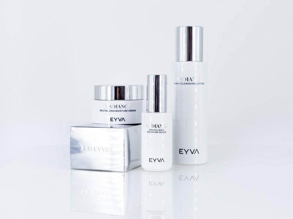 Die EYVA-Radiance Serie verleiht Ihrer Haut optimale Strahlkraft.